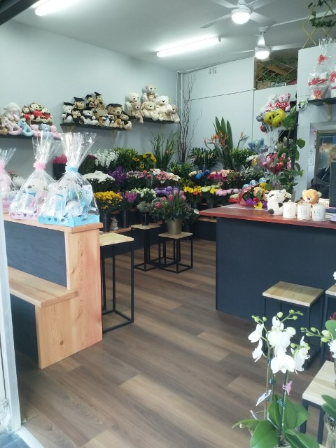 Aangela's Florist Kogarah Near St George Hospital Has Renovated!